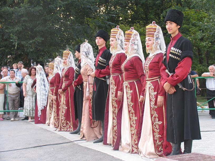 Национальные Костюмы Азербайджана